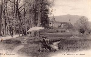 Château de Colombier. Le point de vue de Cezanne se situe a quelqus mètres du peintre figuré sur cette carte postale ancienne