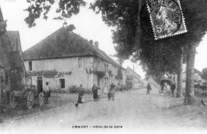 """Emagny,près de Besançon, hôtel de la gare où séjournèrent les """"Cézanne"""""""