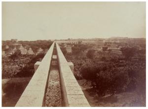 Fig. 29. Branche nord du pont-aqueduc de Calèche (cliché Gondran)