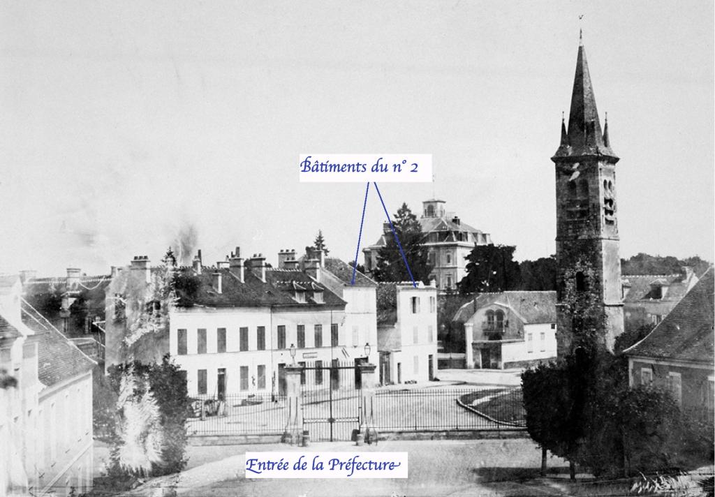Fig. 27. État primitif du n° 2, Place de la Préfecture