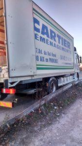 Un vrai camion pour gros déménagements...
