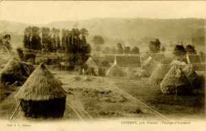 Paysage d'hiver (Giverny) Carte postale ancienne (Alain Mothe). Les maisons peintes par Cezanne figurent tout à fait à droite.